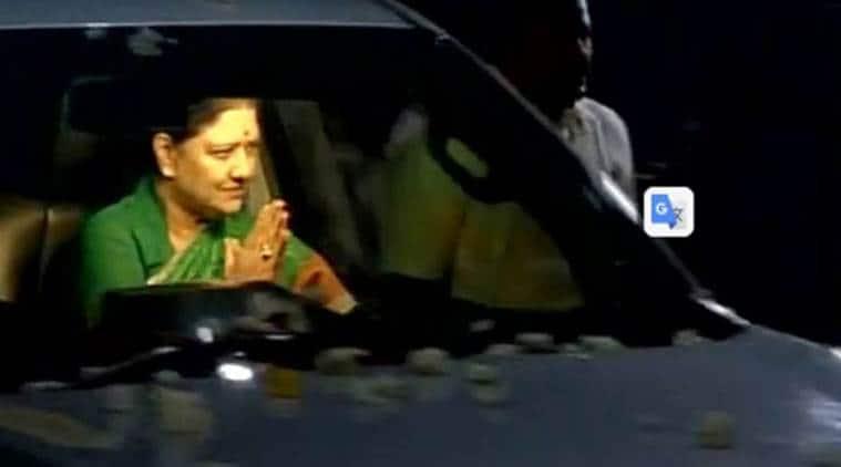 Sasikala vs OPS,Tiruppur MP, V Sathyabama, C Ponnaiyan,K A Sengottaiyan, tamil nadu, Tamil nadu crisis, Tamil Nadu crisis live, TN Live, AIADMK Live, AIADMK, AIADMK crisis, sasikala, O panneerselvam, V k sasikala, sasikala natarajan, VK Sasikala, O Panneerselvam, panneerselvam, Tamil Nadu government, Tamil Nadu LIVE, tamil nadu governor, o pennerselvam, panneerselvam, sasikala, vidyasagar rao, governor vidyasagar rao, sasikala natarajan, o pannerselvam, aiadmk, tamil nadu floor test, vidyasagar rao sasikala, sasikala pannerselvam, aiadmk crisis, chennai news, tamil nadu news, india news, latest news, Latest tamil nadu updates, indian express news, indian express live