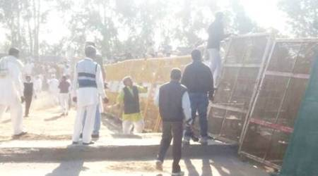 SYL row: Punjab Police bar INLD protesters from crossing over to dig canal, Abhay Chautala detained