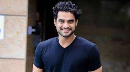 Tovino Thomas to play antagonist in Dhanush's Maari 2