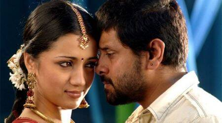 Trisha walks out of Vikram's Saamy Square, wishes the team good luck