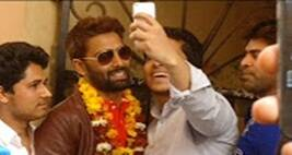 Bigg Boss 10 Winner Manveer Gurjar Is Home, Brother Talks About If He's Married