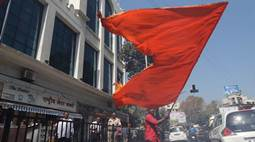 BMC Elections 2017: Shiv Sena Leads In Mumbai, Thane; BJP Ahead In Pune, Nashik & Nagpur