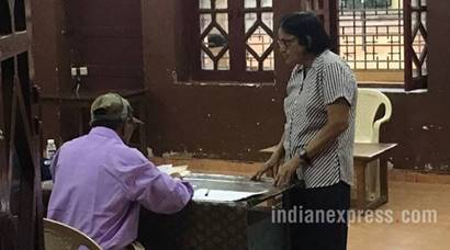 Parrikar, Parsekar cast their votes as Goa goes to poll today
