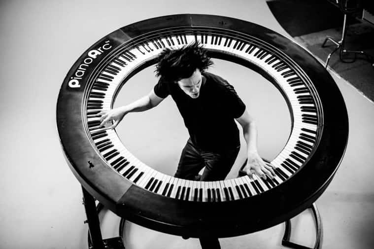 Brockett Parsons using the Brockettship. (Source: PianoArc website)