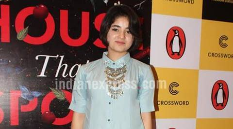 aamir khan, zaira wasim, dangal, zaira wasim mother status, zaira mother pro pak status, zarqa wasim, zarqa wasim pakistan status, zaira wasim dangal, kashmir, zaira wasim on kashmir, indian express news, entertainment news