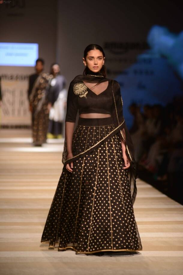 Aditi Rao Hydari, Aditi Rao Hydari fashion show, Aditi Rao Hydari amazon fashion show, Aditi Rao Hydari amazon fashion show 2017,