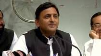 What Akhilesh Yadav said in response to Yogi Adityanath's remark on age difference
