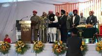 Captain Amarinder Singh is Punjab CM, vows to fight against drugs