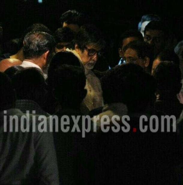 Aishwarya Rai Bachchan's father dead: Shah Rukh Khan joins Bachchan family to pay last respects
