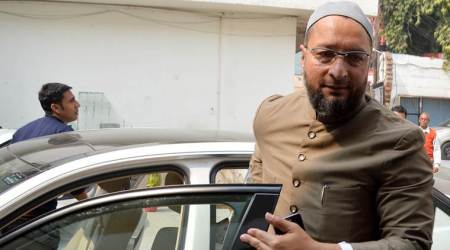 Shoe hurled at AIMIM chief Asaduddin Owaisi in Mumbai rally
