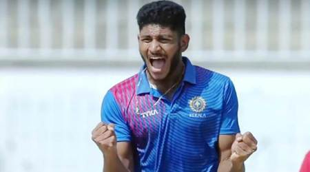 Basil Thampi has all the ammunition required to play T20I, says Dinesh Karthik