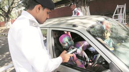 In Mumbai, 11,000 traffic violation cases on day ofHoli