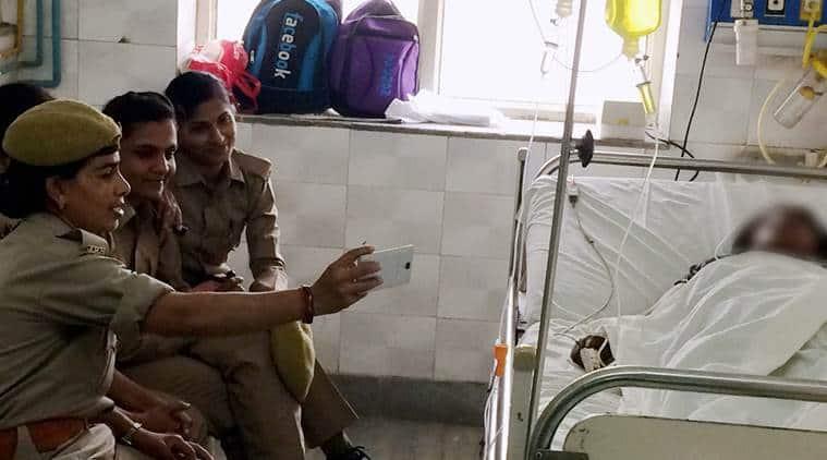 uttar pradesh constables, women constables selfie, women constables suspended, UP constables suspended, uttar pradesh news, indian express news