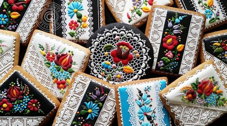 Designed by Judit Czinkné Poór, a pastry chef and artist at a cake-decorating shop named Mézesmanna in Hungary, these masterpieces feature bright and beautiful flowers. (Source: Instagram/Judit Czinkné Poór)
