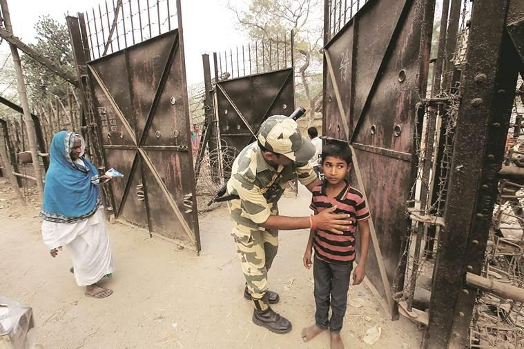 India Bangladesh, India Bangladesh border, Malda, Malda map, BSF, BSF malda, demonetisation, Malda india, latest news, latest india news, indian express, indian express sunday special