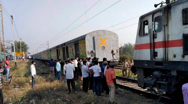 Duronto Express, Duronto Express coaches, Duronto Express coaches separated, Jaipur-Mumbai Duronto, india news, indian express news