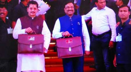 Maharashtra budget 2017 Highlights: Big focus on agriculture, Jalyukt Shivar Scheme gets boost of Rs 1,200 cr