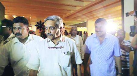 Congress cries foul as Goa slips out, Manohar Parrikar invited to form govt