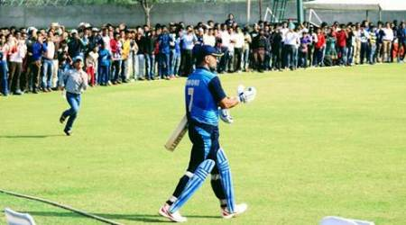 MS Dhoni brings sleepy Palam ground to life in Vijay Hazare Trophy