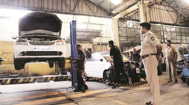 mumbai, mumbai police, mumbai police vehicle, mumbai police help, indian express news, mumbai news