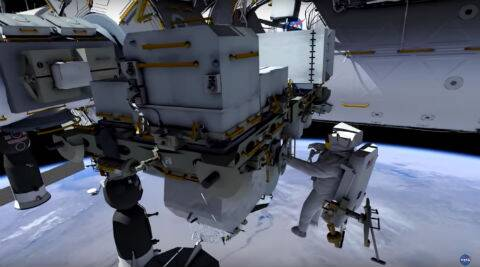 Astronauts set to conduct spacewalks to upgradeISS