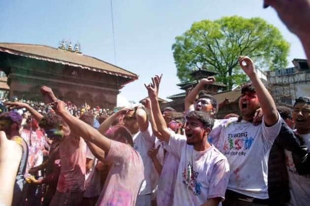 holi, holi 2017, happy holi, happy holi 2017, holi hai, holi photos, pakistan holi, india holi, nepal holi, pakistan holi photos, holi celebrations, lifestyle news, festival news, indian express