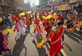 Gudi padwa, Maharashtrian New Year Celebrations At Girgaum, Mumbai