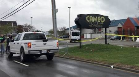 Ohio nightclub shooting leaves 1 dead, 14 wounded; shooter at large