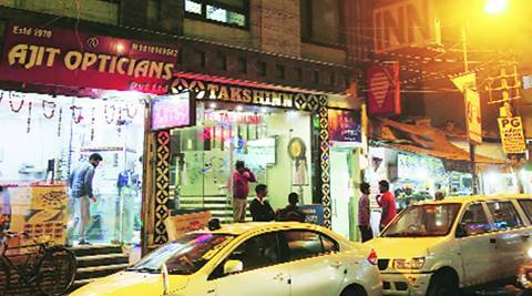 Delhi: Posing as cops, gang makes off with jewellery worth Rs two crore
