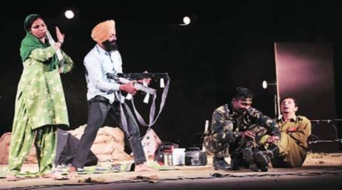 ludhiana play, ludhiana theatre, indo pak relations, play on indian army, beehive theatre group