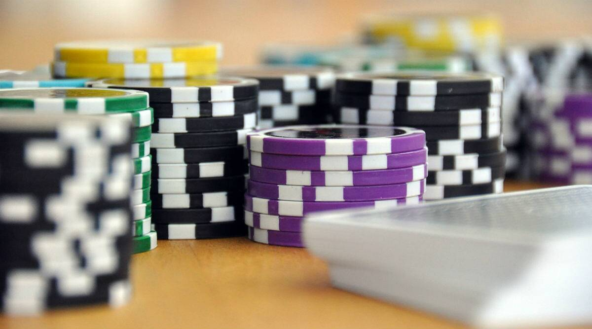 Two years imprisonment, fine for online gambling in Tamil Nadu