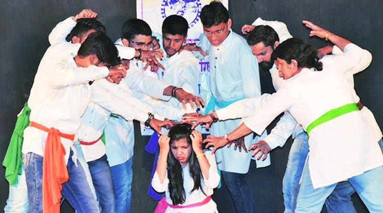 Pune, Pune theaters, womans's day, Pune woman's day celebration, Two Minute Theatre Festival, Pune Theatre fest, indian express news