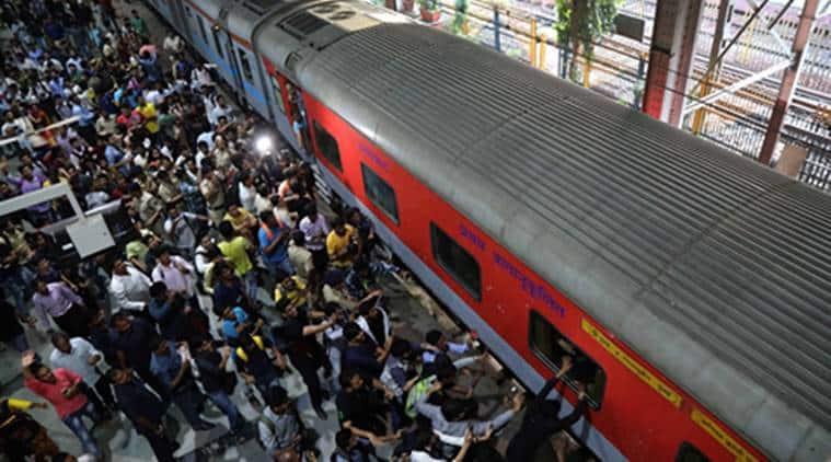 ranchi, ranchi rajdhani express, ranchi train, ranchi train-food not served, indian railways, unavailability of food-ranchi rajdhani express, india news, indian express