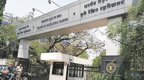 Demonetisation and Days After: Holding old notes, they troop into RBI's CAB office, only to be directed to Mumbai