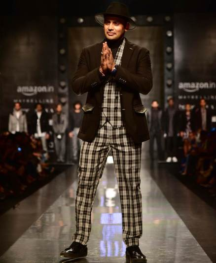 alia bhatt, vaani kapoor, sakshi tanwar, richa chadha, aifw 2017, aifw 2017 photos, AIFW Autumn-Winter 2017, fashion news, lifestyle news, latest news, indian express