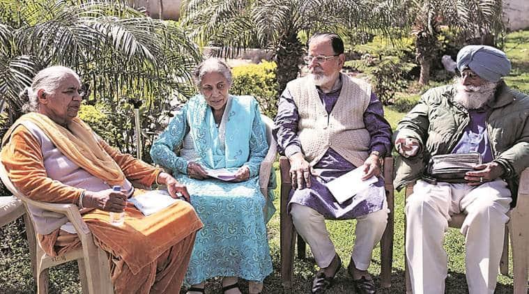 movies, poetry, debates, girgaum, senior citizens, visava, mumbai news, indian express news