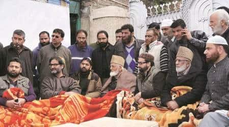 kashmiri separatists, boycott, Anantnag, Srinagar Lok Sabha bypolls, Mirwaiz Umar Farooq, Syed Ali Shah Geelani, Yasin Malik, kashmir news, india news, indian express news