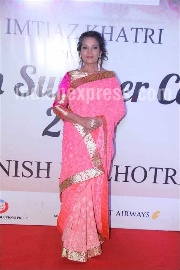 As Shah Rukh Khan, Anushka Sharma catwalk at Mijwan 2017, Kajol, Sridevi, Sushmita Sen come to watch