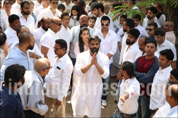 Suniel Shetty, Suniel Shetty father, Suniel Shetty father funeral