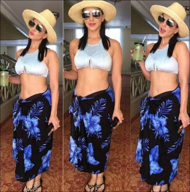 Sunny Leone, Sunny Leone bikini pics, Sunny Leone hot pics, Sunny Leone holiday pics, Sunny Leone beach vacation, Sunny Leone images