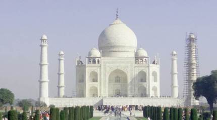 Don't heed controversy around Taj Mahal, US firms told