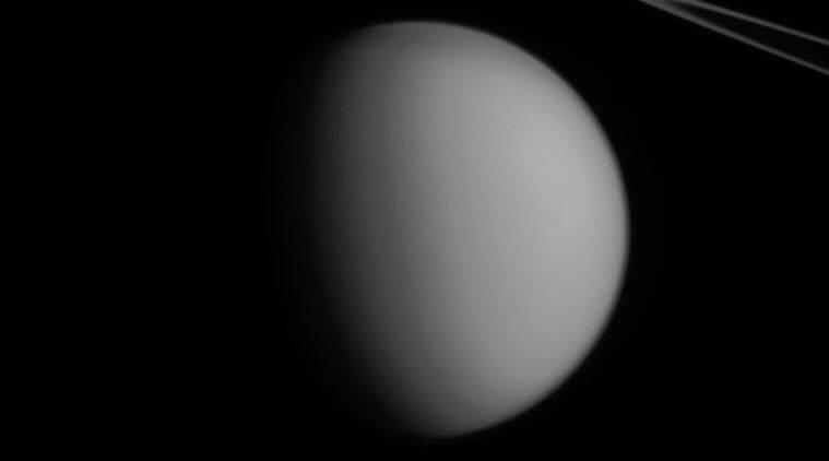 Saturn, Titan, sands are electrically charged, sand dune grains, frictionally charged, granular material,electrostatic charge, low gravity conditions, Science, Science news