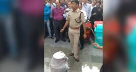 Delhi Cop's Video Explaining How To Douse Fire Caused By LPG Cylinder Goes Viral