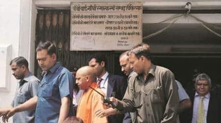 acid attack dalit woman, dalit woman acid attack, yogi adityanath acid attack, yogi adityanath up, india news, indian express news, latest news