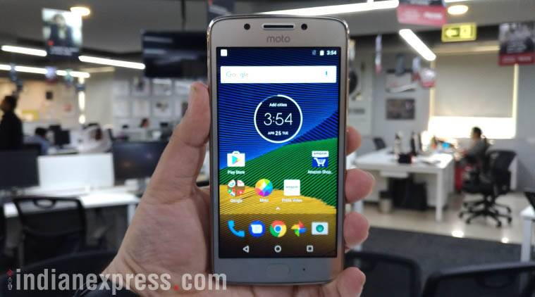 Moto G5 review: A good, but not game-changingsmartphone