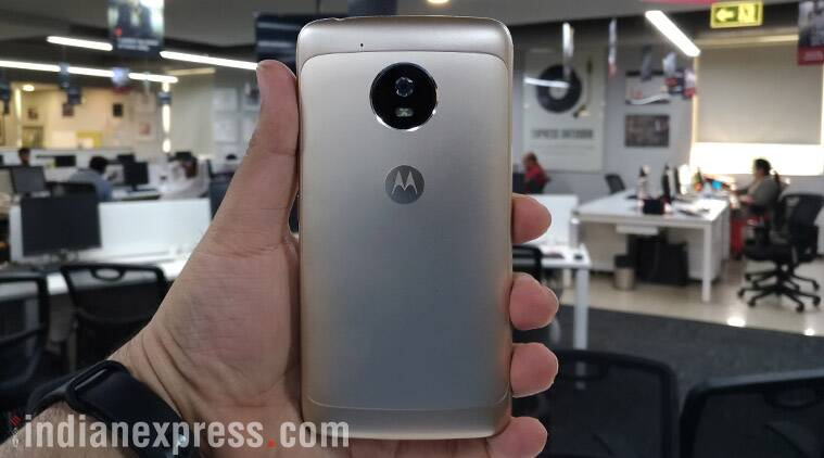 Motorola, Moto G5, Moto G5 review, Moto G5 price, Moto G5 features, Moto G5 specifications, Moto G5 Plus, smartphones, technology, technology news