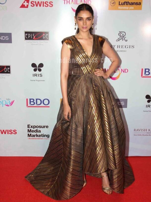 Priyanka Chopra, Katrina Kaif, Alia Bhatt, Sonakshi Sinha: Fashion hits and misses of the week (March 26 – April 1)