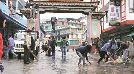 Dalai Lama to reach Arunachal Pradesh today, Tawang dresses up to 'see our God'