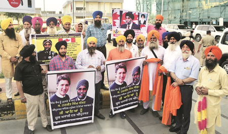 No bouquets, no official welcome as Canadian minister arrives inAmritsar