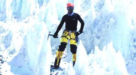 Climbing Everest: 'I'm at a height of 17,600 feet… mountaineer from Pakistan helping meout'